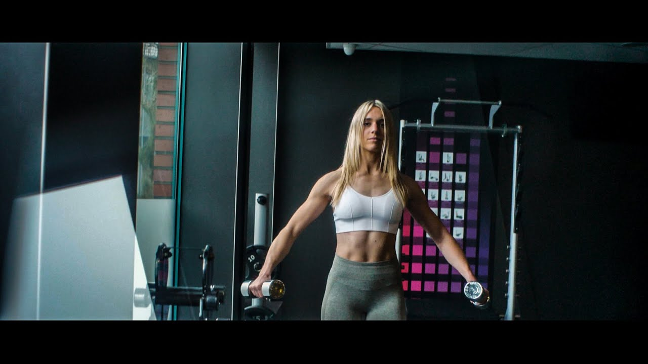 💪 Intense gym workout with Linda 💯 Female Fitness Motivation 🔥
