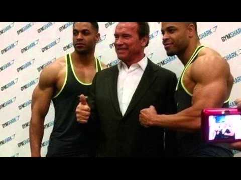 Download Youtube: Hodgetwins meet Arnold Schwarzenegger!