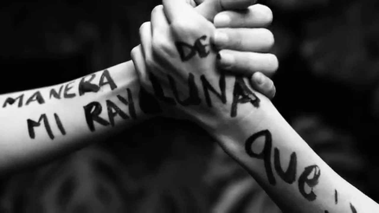 Natalia Lafourcade - Hasta la Raíz  (Lyric Video)