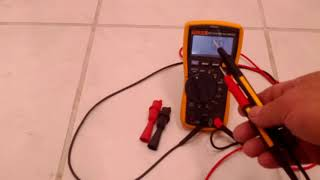 Fluke 117 Electrician Multimeter with NonContact voltage