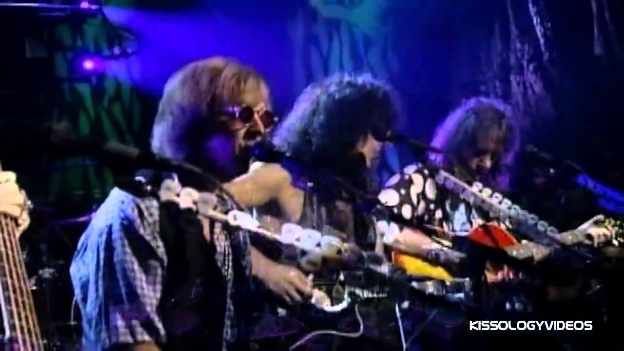 kiss-unplugged-beth-high-quality-nikedye