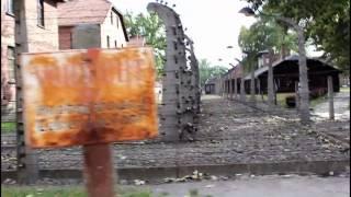 видео Музей Освенцима. Музей Аушвиц-Биркенау