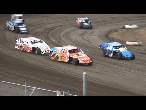 IMCA Modified Heat 3 Independence Motor Speedway 8/4/18