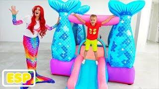 Vlad y Nikita juegan con Sirena