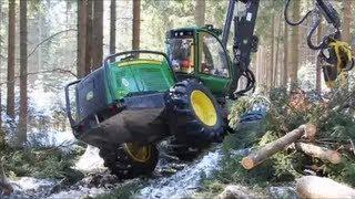 John Deere 1270E Harvester