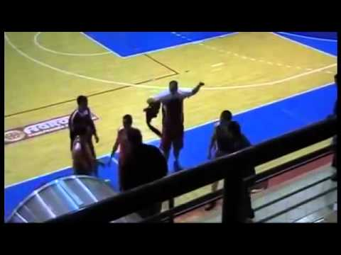 ★ Pretucen sudija Junior   Bor BEATING THE BASKETBALL REFEREE IN SERBIA