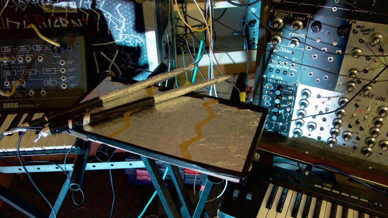 DIY Tinfoil Drum Triggers Like Kraftwerk Ones Modular Jam