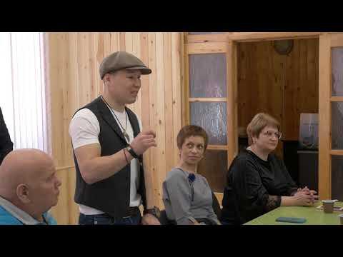 В Усть-Куте побывал чемпион мира по боксу Руслан Проводников.
