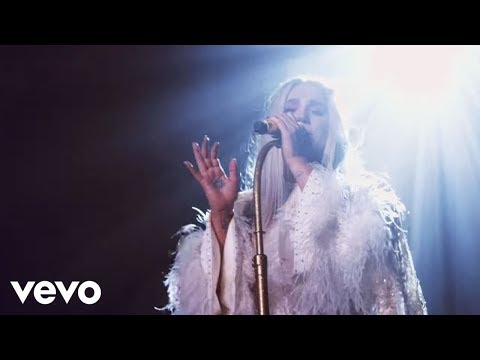 Kesha - Praying (Live from Honda Stage at...