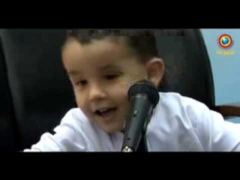 A 3 ans, il apprend tout le Saint-Coran - Incroyable non?