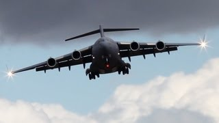 C-17 Globemaster Flying Sidewards - Nice Crosswinds (HD)