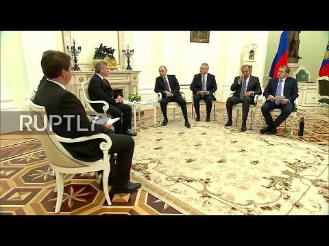 ''Literacy came to us from the Land of Macedonia'' - Putin