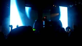 Freestylers - Cracks (Ft. Belle Humble) (Flux Pavilion Remix) live
