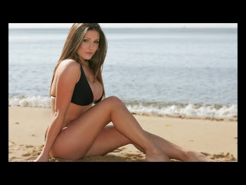 Tribute to British Glamour Model Lucy Pinder (Picture Compilation)