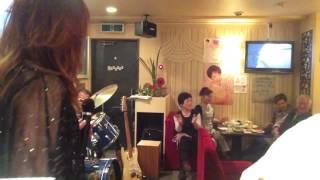 米が浜通のスナックチャンスライブ。横須賀ミュージック佐々木みゆきは...