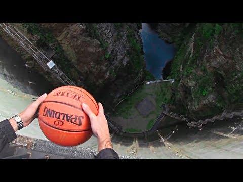 ¿Qué pasa si lanzas un balón desde 200m de altura? SORPRENDENTE