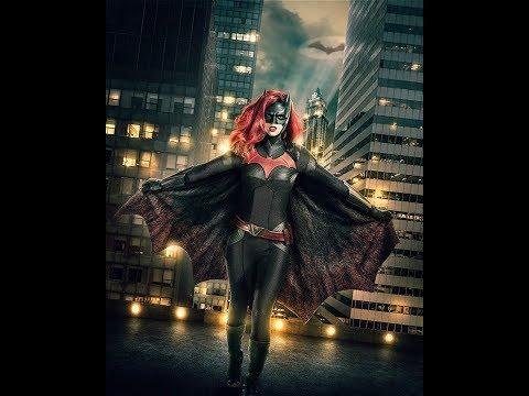 蝙蝠侠失踪三年后,她戴上面具,维护哥谭市的正义,但是得不到认可,《蝙蝠女侠》中文预告片,Batwoman trailer