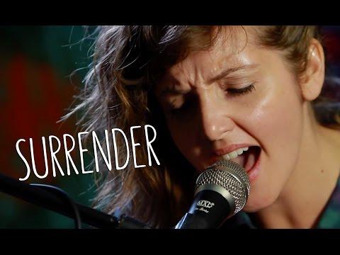 "LO BRITE - ""Surrender"" (Live at JITV HQ in Los Angeles, CA) #JAMINTHEVAN"