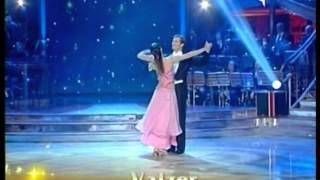 Ballando con le stelle Walzer Sara di Vaira + Maurizio Aiello