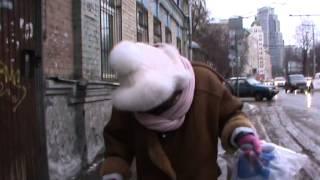 Чья эта странная бабка-киргизка?