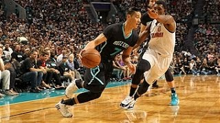 Jeremy Lin Leads Hornets to First Playoff Win in 14 Years