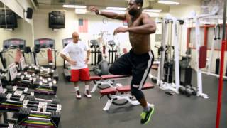 Dwyane Wade training with Tim Grover. Powerful!!
