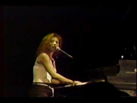 Tori Amos Upside Down 1992