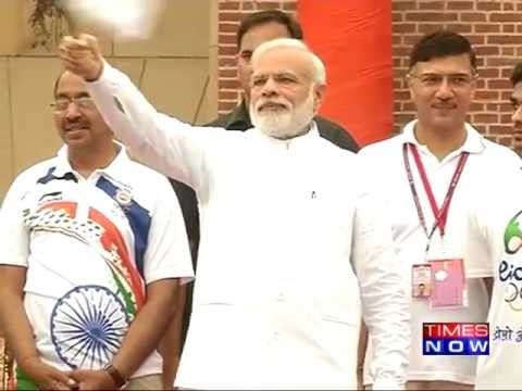 PM Modi Wishes Indian Contingent Luck at Run for Rio Event