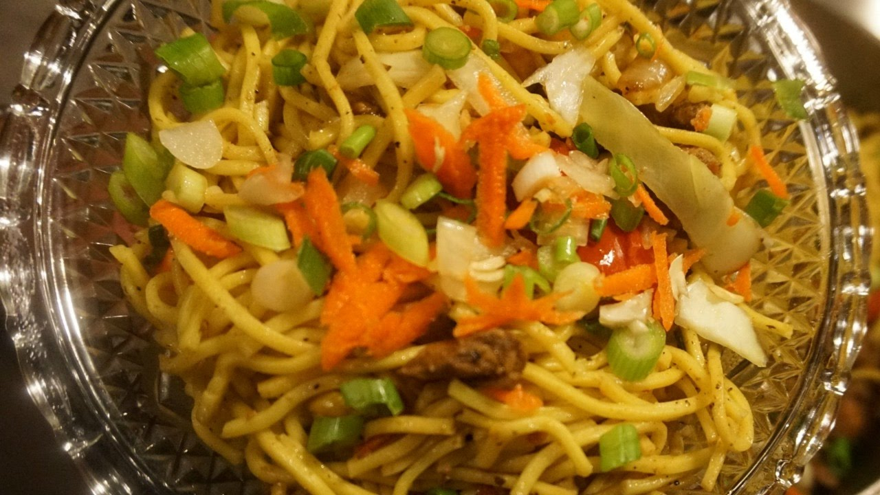 Chicken chow mein guyanese style youtube chicken chow mein guyanese style cooking with yevette forumfinder Images