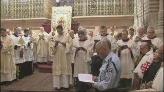 Pilgrims and local Christians celebrate Easter Sunday across the Holy Land
