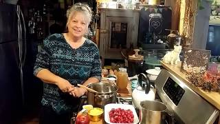 Thankgiving cranberry sauce ~ easy turkey gravy ~ Happy Thankgiving shout out!