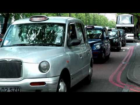 London Taxi, The Famous Black Cab, Part 1, What does a London Taxi look like? (1080HD)