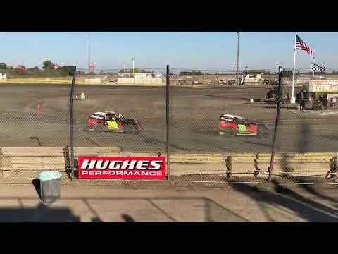 Lemoore Raceway CVMS Mod lites First time at Lemoore 10/14/18