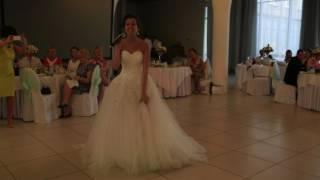 Песня невесты. Сюрприз для жениха