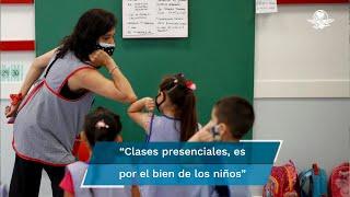 El presidente López Obrador dijo que hay quienes señalan que los niños no están vacunados y por ello no deben volver a clases en los centros escolares