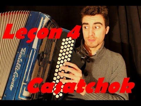 Comment jouer accordeon n 4 casatchok c 39 est l 39 hiver qui - C est l hiver qui frappe a notre porte ...