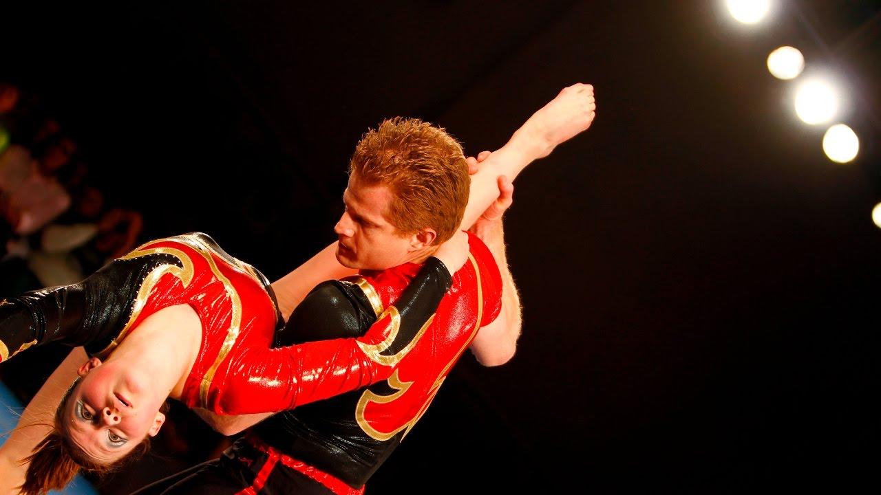 Kaelibeth Rose - Acrobat & Aerialist
