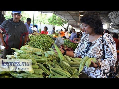 Ameenah Gurib-Fakim au marché de Quatre-Bornes : une déconcertante simplicité