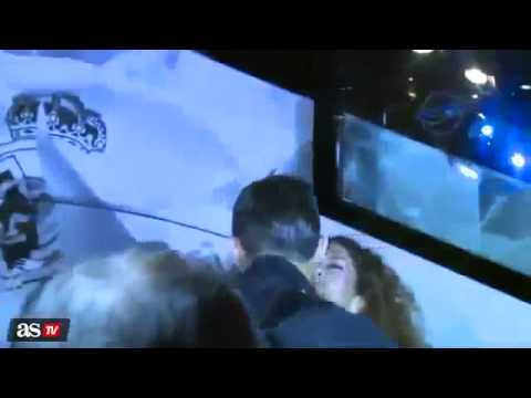 A Girl Kissed Cristiano Ronaldo after Atletico Madrid vs Real Madrid