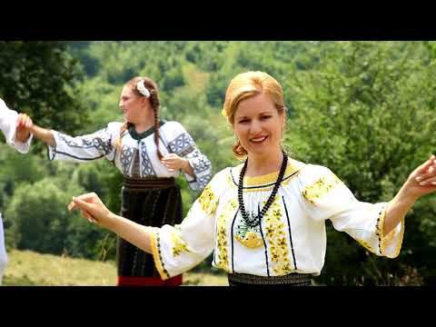 Carmen Macovei - Sârba cumătrilor