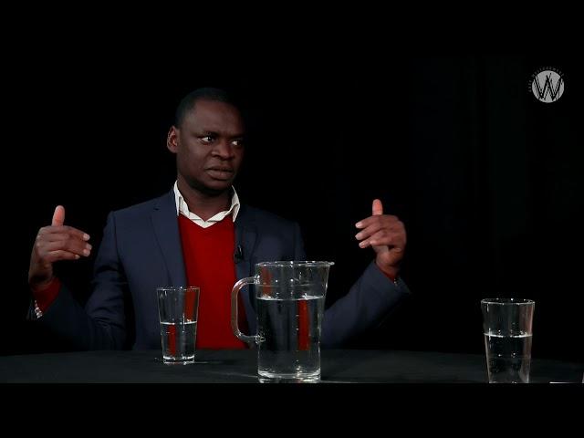 """""""Democratie kan je niet eten""""; Dieuwertje Kuipers en Alphonse Muambi"""