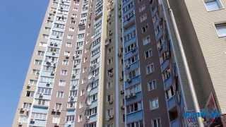 Правды пр-т, 19А Киев видео обзор(Проспект Правды, 19А. 22-этажный панельный дом 2007 года постройки. В хорошем состоянии входы в парадные, есть..., 2014-09-21T12:54:03.000Z)