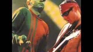 Los Redondos - Un Poco De Amor Frances