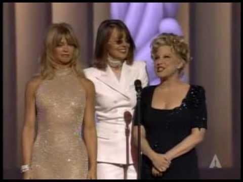"""""""You Must Love Me"""" winning Best Original Song Oscar®"""