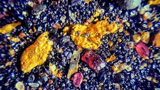 A MUST WATCH!!!! A VERY RICH PLACER GOLD DEPOSIT.