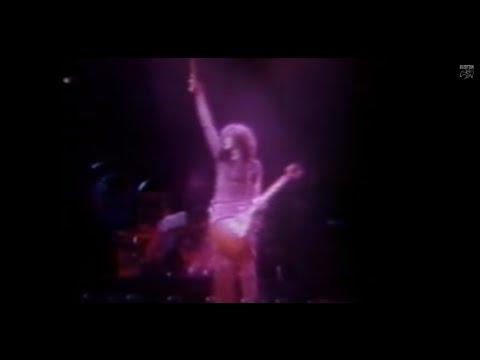 Live in Chicago 1975 (RARE 8mm film)