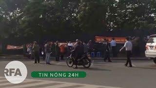 Tin nóng 24H | Hàng chục công an huyện Đông Anh biểu tình đòi đất