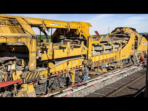 Railway Track Laying Machine Renewing A High-speed Railway Line
