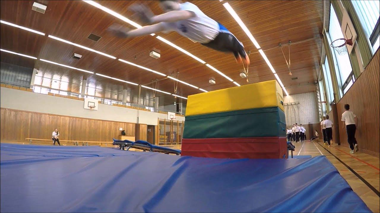 Sport & Sprache - Neue Mittelschule Schwechat / Minitramp HD (Nur fliegen ist schöner!)