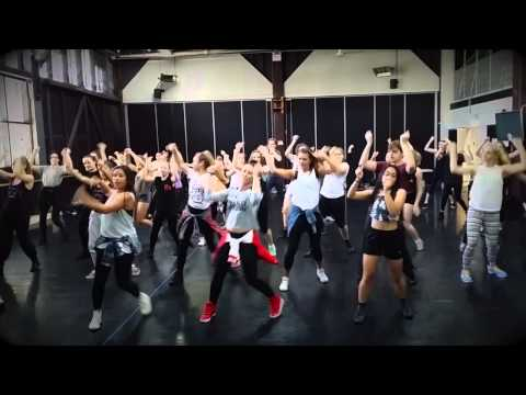 MO's JFH Class @ Sydney Dance Company